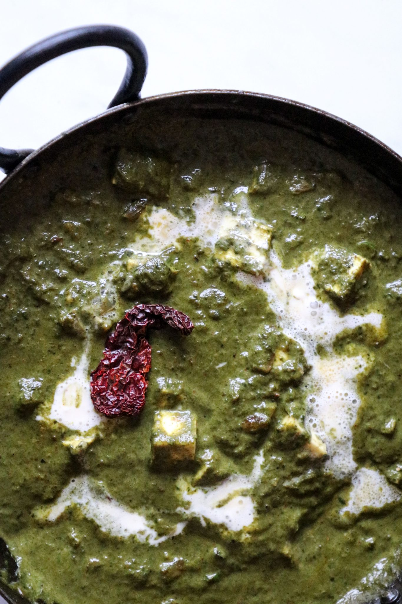 Palak Paneer/ Spinach gravy with Cottage cheese recipe