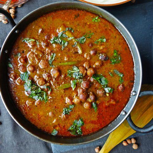 black-chickpeas-curry