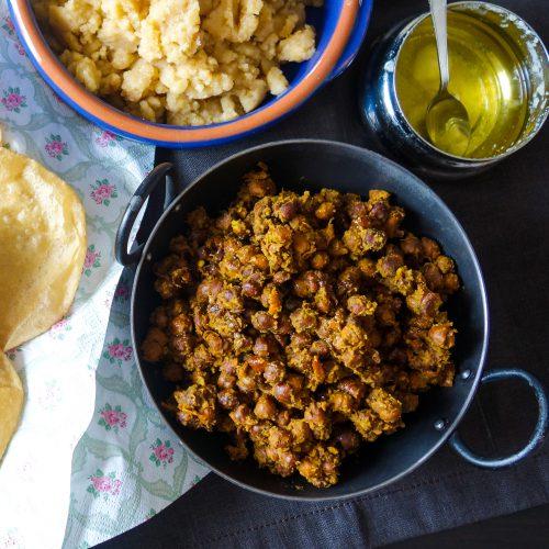 Sukha Kala chana/ Dry black chickpeas
