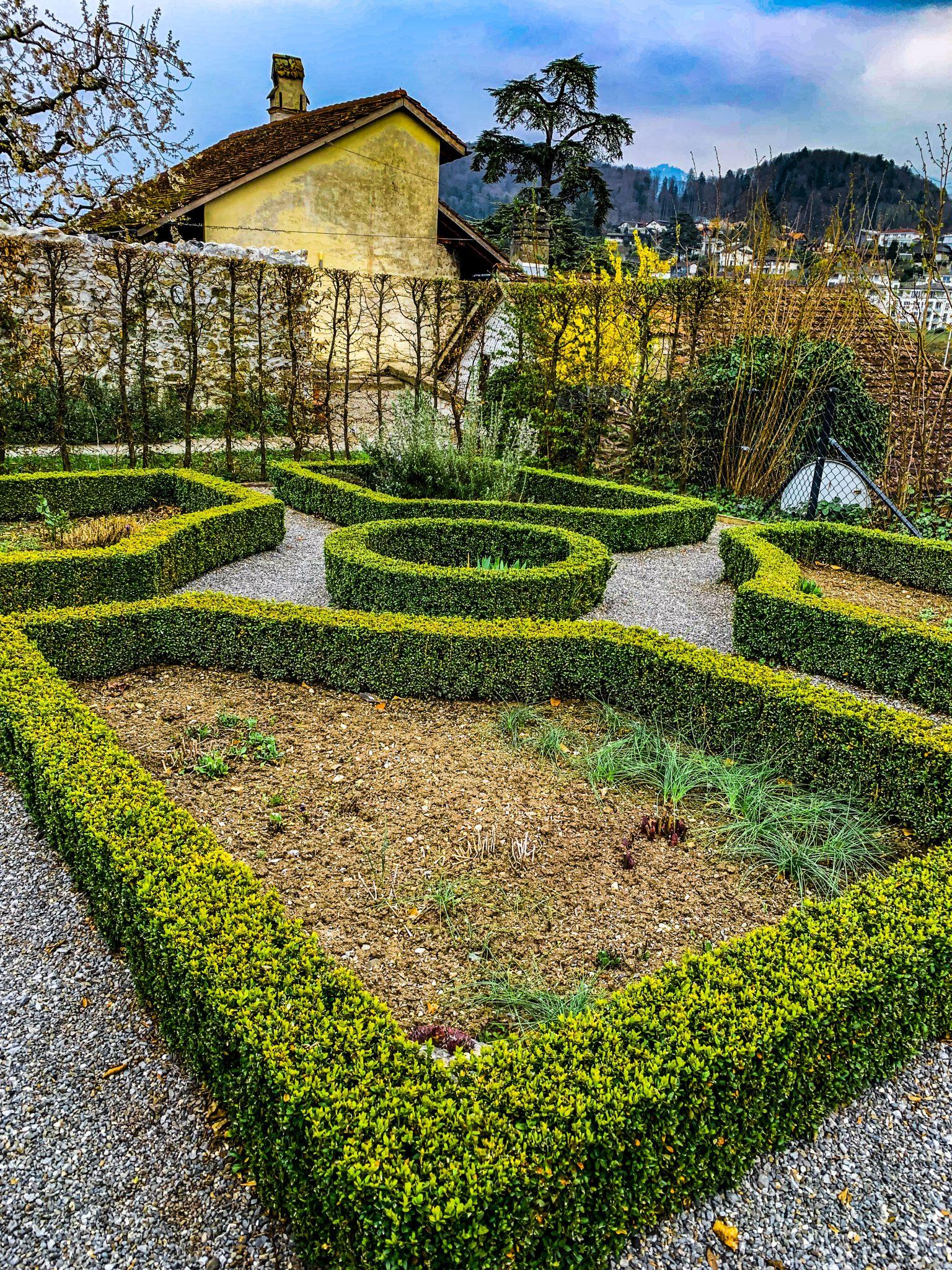 Spiez Castle gardens