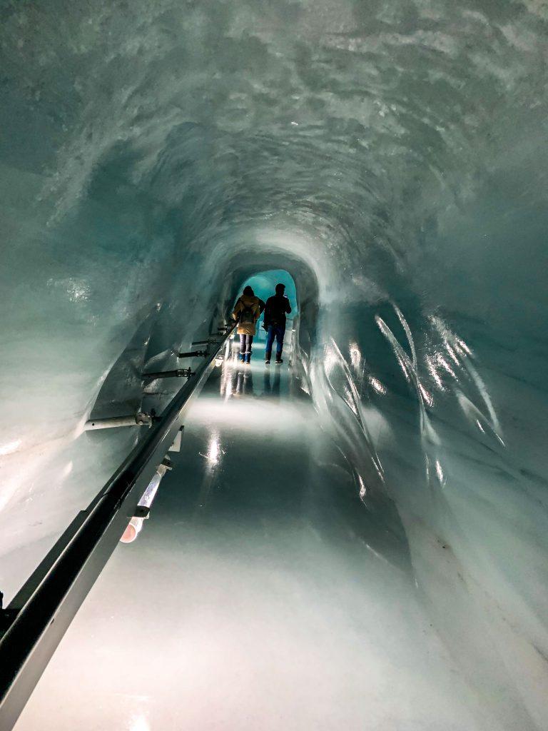 Jungfraujoch- ice palace enterance