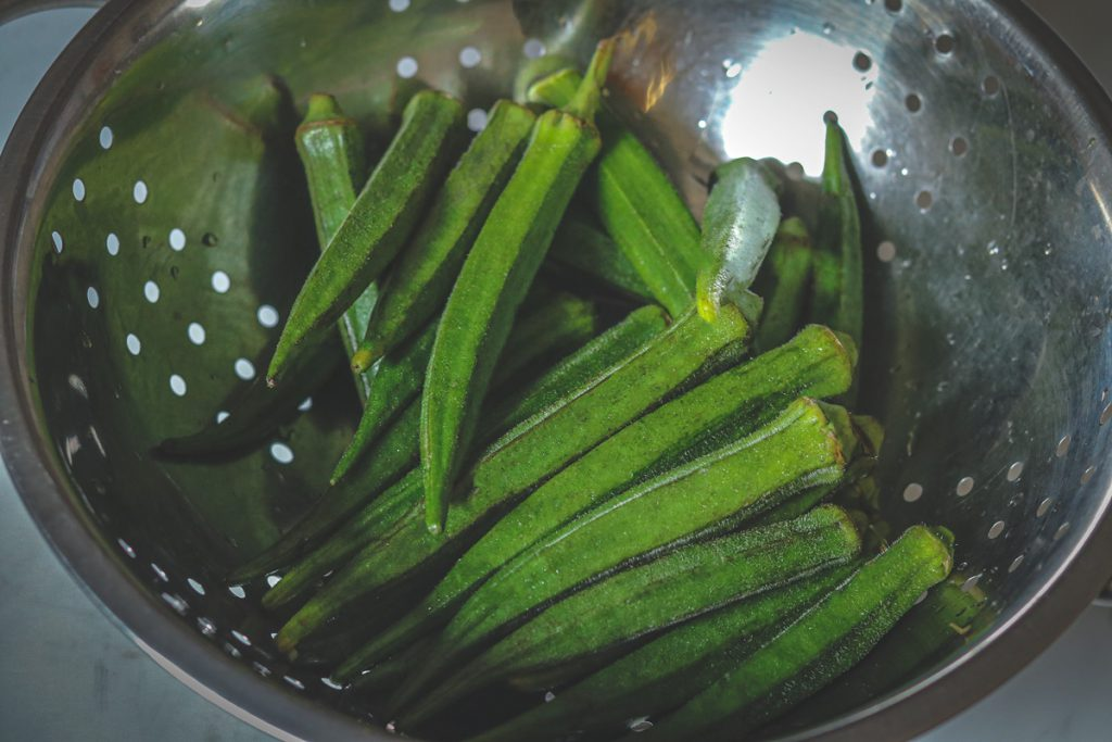 Selecting fresh bhindi or okra for cooking